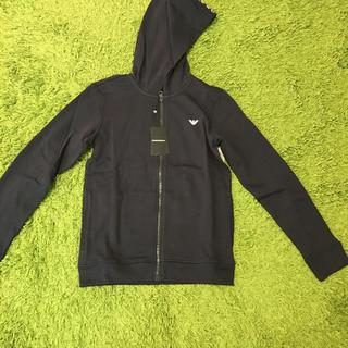 エンポリオアルマーニ(Emporio Armani)の新品 エンポリオアルマーニ 14A 紺パーカー(ジャケット/上着)