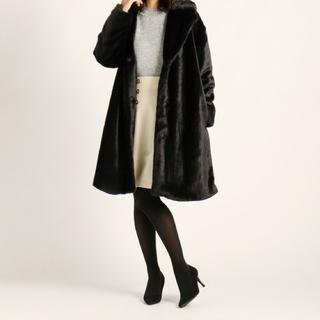 ストロベリーフィールズ(STRAWBERRY-FIELDS)のファー コート 黒 ストロベリーフィールズ(毛皮/ファーコート)