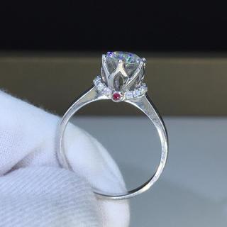 【1.カラット】輝く王冠 モアサナイト ダイヤモンド リング(リング(指輪))