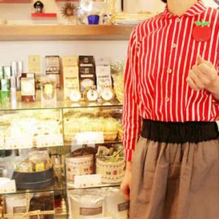 マリメッコ(marimekko)のマリメッコ ブラウス シャツ 襟付き 白赤 ストライプ(シャツ/ブラウス(長袖/七分))