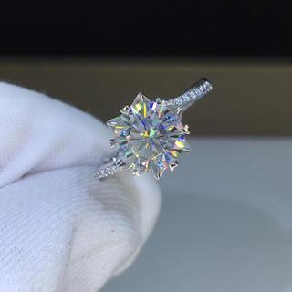 【2カラット】輝く モアサナイト  ダイヤモンド リング(リング(指輪))
