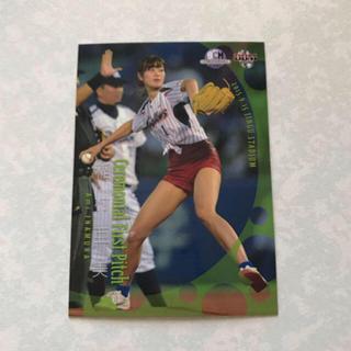 トウキョウヤクルトスワローズ(東京ヤクルトスワローズ)の16BBM 稲村亜美 始球式レギュラーカード(女性タレント)