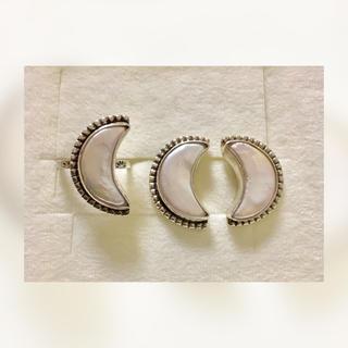ムーンリング1点+両耳ピアス♡set(在庫確認必須)(リング(指輪))