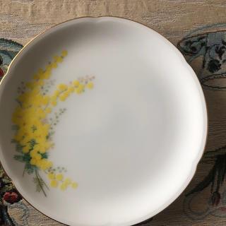 オクラ(OKURA)のお皿黄色い花Okura(食器)