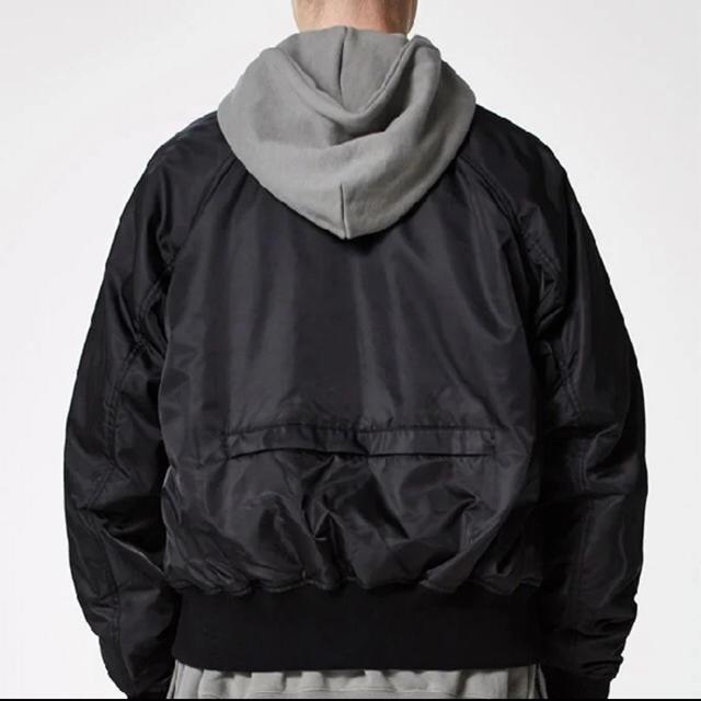 FEAR OF GOD(フィアオブゴッド)のFOG ESSENTIALS BOMBER JACKET PACSUN MA-1 メンズのジャケット/アウター(フライトジャケット)の商品写真