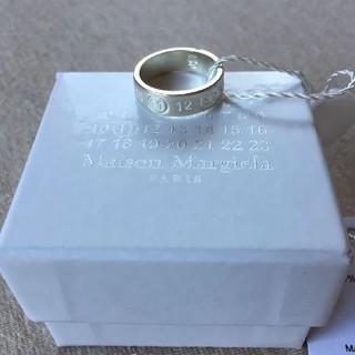 マルタンマルジェラ(Maison Martin Margiela)のマルジェラ リング カレンダーロゴ(リング(指輪))