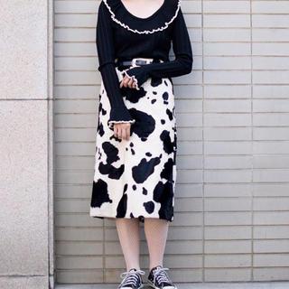 ロキエ(Lochie)の牛柄スカート ヴィンテージ (ひざ丈スカート)