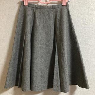 オペークドットクリップ(OPAQUE.CLIP)のグレー フレアスカート(ひざ丈スカート)