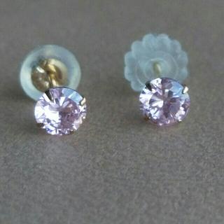 【K10】◆ピンクの石がキラキラ一粒のピアス(ピアス)