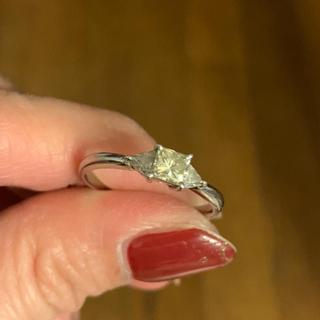 プラチナイエローダイヤモンドリング(リング(指輪))