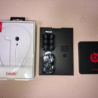 ビーツバイドクタードレ(Beats by Dr Dre)の【美品】beatsX Bluetoothイヤフォン グレー(廃盤色)(ヘッドフォン/イヤフォン)