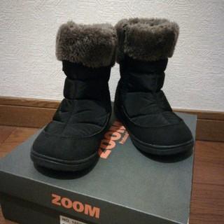 ズーム(Zoom)の人気!ZOOM キッズブーツ 未使用 黒+ボア20cm(ブーツ)