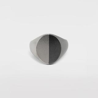 マルタンマルジェラ(Maison Martin Margiela)のMAISON MARGIELA ツートーンシルバー シグネットリング(リング(指輪))
