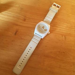 アディダス(adidas)のアディダス 時計 ホワイト!(腕時計(アナログ))