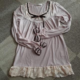 アクシーズファム(axes femme)のaxes fame淡ピンク袖リボンのプルオーバー(カットソー(長袖/七分))