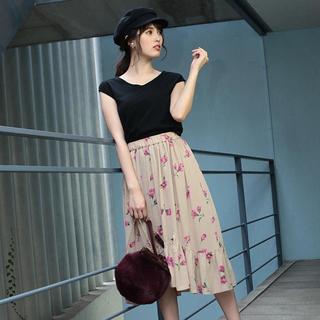 レッセパッセ(LAISSE PASSE)のLAISSE PASSE お花柄スカート(ロングスカート)