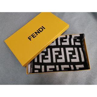 フェンディ(FENDI)の暖かい Fendi フェンディ マフラー カシミア 男女兼用(マフラー)