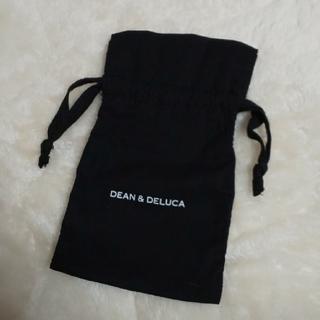 ディーンアンドデルーカ(DEAN & DELUCA)のディーンアンドデルーカ きんちゃく(黒)(ポーチ)