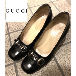 グッチ(Gucci)のGUCCI パンプス 黒金 革(ハイヒール/パンプス)