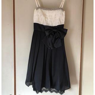 セシルマクビー(CECIL McBEE)のセシルマクビー ドレス 結婚式 パーティ(ミディアムドレス)