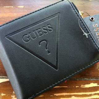 GUESS - GUESS 人気のメンズ小銭入れ付き折り財布
