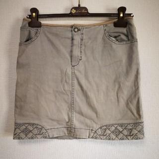ルイヴィトン(LOUIS VUITTON)のルイヴィトン モノグラム サイズ38 デニムスカート ミニスカート  (ミニスカート)