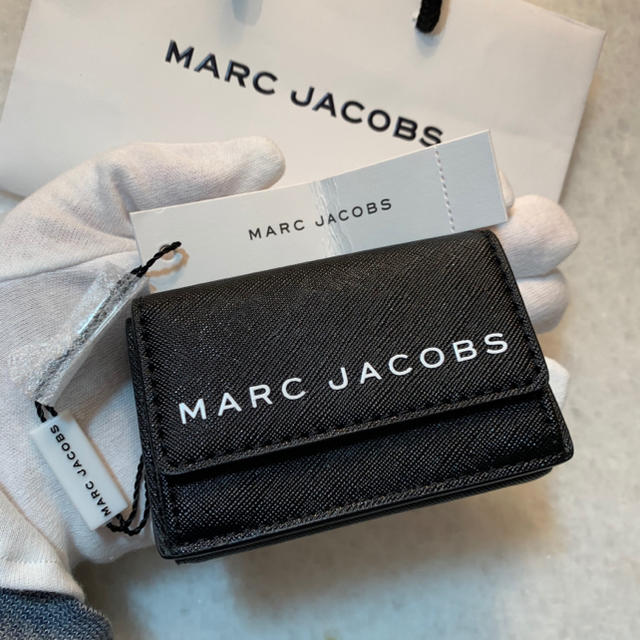 MARC JACOBS - ラスト1点‼️⭐️新品・タグ付き⭐️ MARC JACOBS ☆コンパクト財布の通販