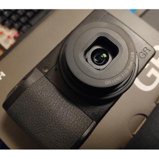 リコー(RICOH)のRICOH GR3 & プロ用microSD & ガラスフィルム×2(コンパクトデジタルカメラ)
