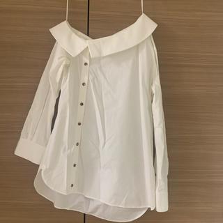 ルシェルブルー(LE CIEL BLEU)の【新春セール】リステア購入 オフショルダーシャツ(シャツ/ブラウス(長袖/七分))