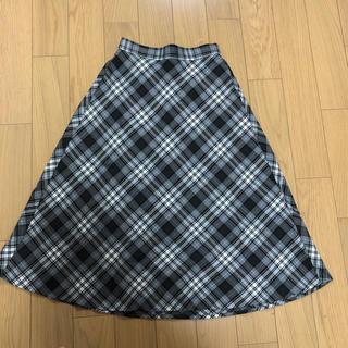 ジーユー(GU)の★新品未使用★GU タータンチェックフレアミディスカート グレー(ひざ丈スカート)