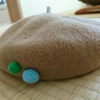 シンアンドカンパニー(SHIN&COMPANY)のポンポン付き ベレー帽  wool (帽子)