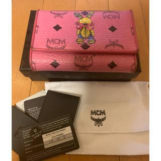 エムシーエム(MCM)のMCM 3つ折り財布 ピンク ラビット(財布)
