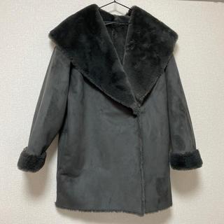ジーユー(GU)の【試着のみ】GU  コート フェイクファー(毛皮/ファーコート)
