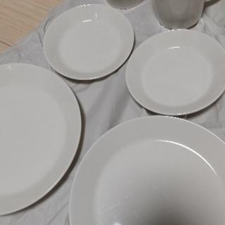 イッタラ(iittala)のイッタラ ティーマ ホワイト8点セット(食器)