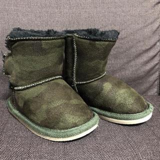 ニシマツヤ(西松屋)のGRIP GLAPP 子供靴 ムートンブーツ 13cm 迷彩柄 カモフラ柄(ブーツ)