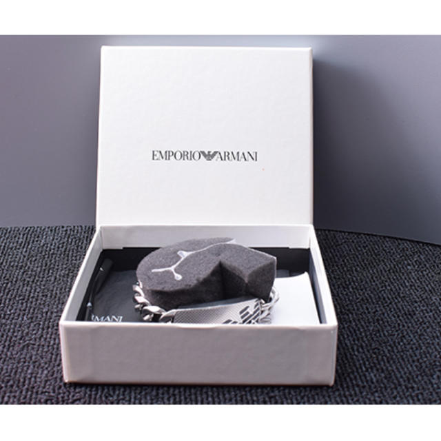Emporio Armani(エンポリオアルマーニ)のEMPORIO ARMANI エンポリオアルマーニ ブレスレットB-B10608 メンズのアクセサリー(ブレスレット)の商品写真