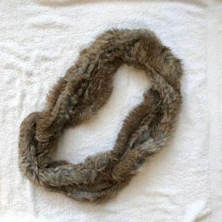 トゥモローランド(TOMORROWLAND)のラビットファー リアルファー スヌード マフラー ショール 美品 毛皮 防寒(マフラー/ショール)