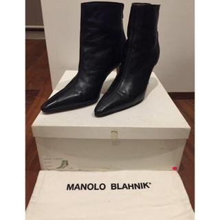マノロブラニク(MANOLO BLAHNIK)のマノロブラニクショートブーツ 37ハーフ 37.5 manoloblahnik(ブーツ)