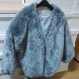 dholic - 🌟美品🌟短時間1度使用のみ ファーコート グレー ゆったり着れる大きさです