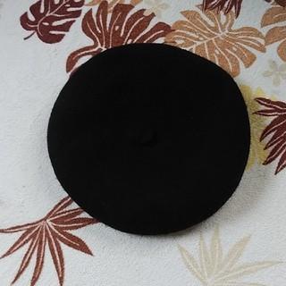 アースミュージックアンドエコロジー(earth music & ecology)のEARTHベレー帽黒(ハンチング/ベレー帽)