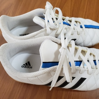 アディダス(adidas)のadidas 21.5センチ 体育館シューズ(スクールシューズ/上履き)