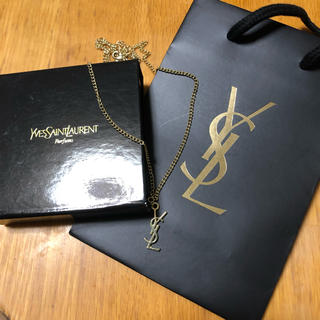 イヴサンローランボーテ(Yves Saint Laurent Beaute)のYSLゴールドネックレス(ネックレス)
