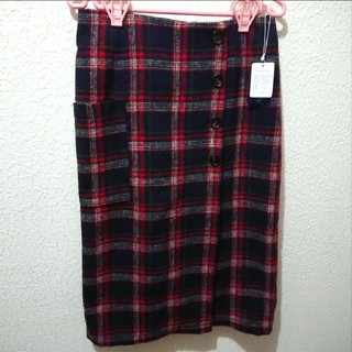 アベイル(Avail)の新品 Avail ネル チェック柄 前ボタン タイト スカート♥M 夢展望(ロングスカート)