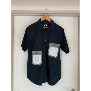 コムデギャルソンオムプリュス(COMME des GARCONS HOMME PLUS)のシャツ(シャツ)
