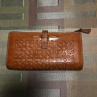 ゲンテン(genten)のgenten カットワーク長財布(財布)