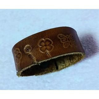 バングル ブレスレット 皮革レザー系 ヴィンテージ ウエスタン ハワイアン 花(ブレスレット/バングル)
