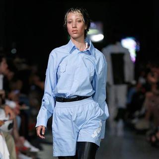 ジョンローレンスサリバン(JOHN LAWRENCE SULLIVAN)のSHOOP  Buckles Shirt – Light Blue(シャツ)