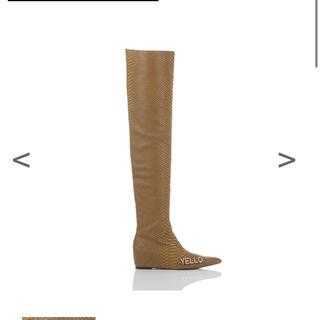 イエローブーツ(Yellow boots)のイエローYELLOニーハイブーツ新品未使用Mサイズ(ブーツ)