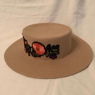 リリーブラウン(Lily Brown)の未使用 リリーブラウン Lily Brawn 帽子 刺繍ハット(ハット)