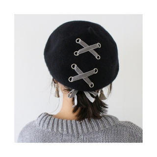 イートミー(EATME)のMODEROBE モードローブ ウール混 リボンベロアベレー帽 ベレー(ハンチング/ベレー帽)